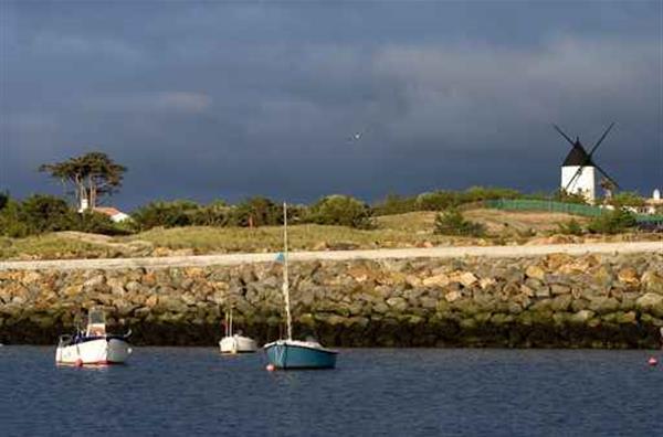 Escapade noirmoutier camping bord de mer saint jean de monts vend e c - Camping les moulins noirmoutier ...